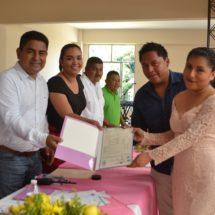 Gobierno municipal de Jacatepec celebra matrimonios colectivos.