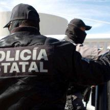 Aseguran policías estatales motocicleta con reporte de robo