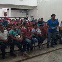 """Disposición del Gobierno Municipal en ayudar a la secundaria """"Bicentenario"""" de El Castillo"""