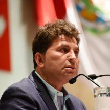 Busca Juan Vera garantizar por ley descuento en transporte público