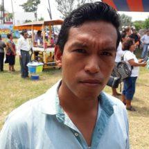 Estudiantes del TEC de Tuxtepec buscan gestionar a través de Eviel Pérez más becas