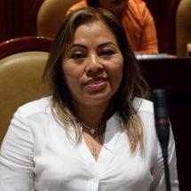 Propone Marichuy Melgar modificar la ley para que las familias oaxaqueñas cuenten con una vivienda adecuada