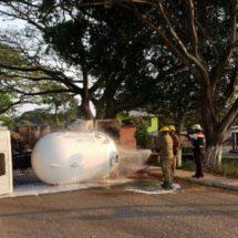 Pánico por volcadura de pipa de gas en San Isidro