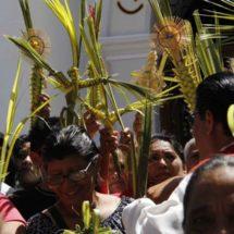 Conmemoran el Domingo de Ramos en Tehuantepec, Oaxaca