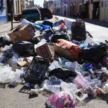 Autoridades de Oaxaca, rebasadas por los desechos