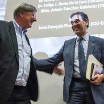INE avaló encuestas y sondeos para preguntas a candidatos