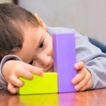Cuenta IEEPO con centros para la atención de niños con autismo
