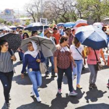 Inicia mayo con marchas y bloqueos de la Sección 22 en Oaxaca