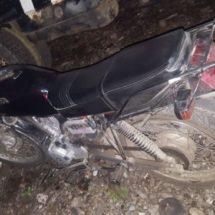 Policías Estatales detectan motocicleta con reporte de robo