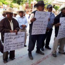 Protestan en San Pedro y San Pablo Tequixtepec