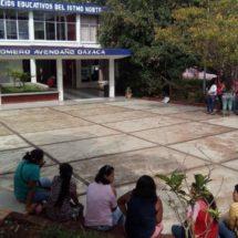 Piden reconstruir escuela en el Istmo, Oaxaca