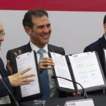 INE y Auditoria firman convenio contra desvío de recursos en campañas