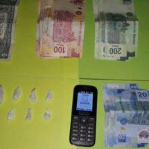 DETIENE POLICÍA ESTATAL A PERSONA POR DELITOS CONTRA LA SALUD Y ASEGURA MOTOCICLETA CON REPORTE DE ROBO