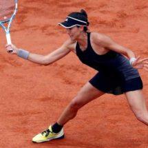 Muguruza pasa por encima de Sharapova en Roland Garros y entra en semifinales