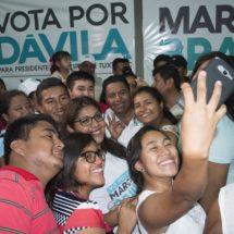 Jóvenes tuxtepecanos ya decidieron votar por Dávila y Marcos Bravo