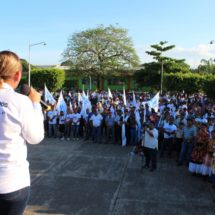 Acatlán se suma a proyecto ciudadano de Laura Castellanos