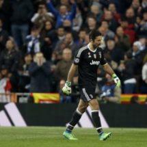 BUFFON SUFRE DURO CASTIGO DE UEFA