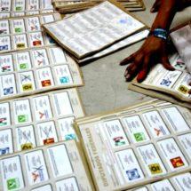 Arrebatan a capacitadores electorales 8 mil boletas y las queman en San Juan Quiahije, Oaxaca