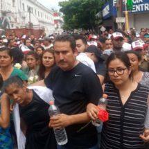 Tristeza y dolor en el funeral de Pamela Terán en Juchitán, Oaxaca