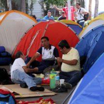 Oaxaca continúa sumisa ante el magisterio: el plantón no se va