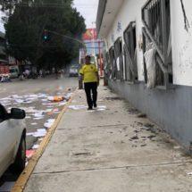 Pobladores de la Sierra Sur vandalizan oficinas de la CDI en Oaxaca