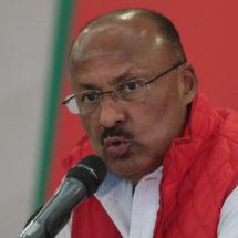René Juárez prepara primera conferencia del PRI tras elecciones