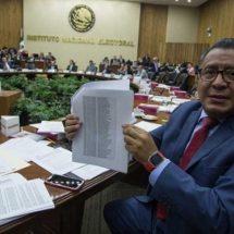 Confía Morena en 'echar atrás' la multa del INE por fideicomiso