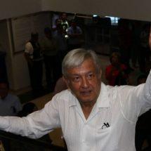 Bartlett lleva años defendiendo a la industria eléctrica: López Obrador
