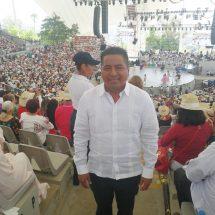 """Un orgullo para Tuxtepec la Delegación """"Flor de Piña"""": Fernando Bautista Dávila"""