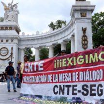 Mudar SEP a Puebla tiene sin cuidado a maestros de Oaxaca