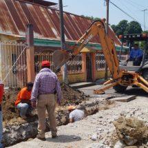 """Inician reposición de tubería del sistema de drenaje en tramo de la calle """"Nicolás Bravo"""""""