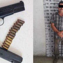 POLICÍA ESTATAL DETIENE A PERSONA ARMADA EN LA COSTA Y RECUPERA VEHÍCULO ROBADO EN VALLES CENTRALES