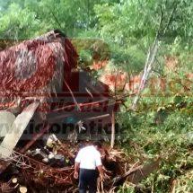 Cerro sepulta a familia en límites de Oaxaca y Veracruz