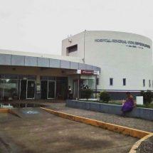 Nace bebé en patio de hospital de Salina Cruz, Oaxaca