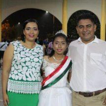Jacatepec celebra el 208 aniversario de la Independencia de México