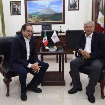 López Obrador se reúne con gobernador de Colima