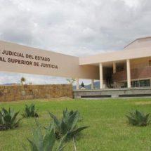 Instruyen a personal judicial sobre forma de tratar a los adolescentes