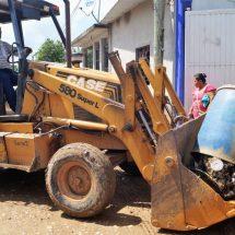 Tras inundación… Dávila inicia acciones de descacharrización en la colonia Santa Cruz para evitar enfermedades