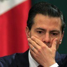 Estatua y hasta pinturas de Peña Nieto hallan en Palacio Nacional