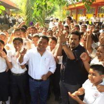 Educación, elemento básico para el desarrollo social: Víctor Álvarez Figueroa