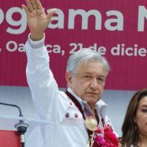 Habrá presupuesto para concluir autopistas de Oaxaca, informa AMLO