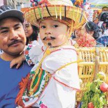 Presentan a Juan Diegos y Lupitas en Oaxaca; crecer en la fe