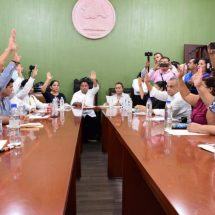 Dávila asigna comisiones a Concejales del Ayuntamiento de Tuxtepec
