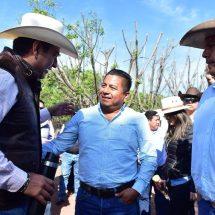 Dávila impulsa inversiones y el desarrollo económico e industrial de Tuxtepec