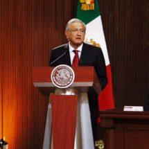 Encabeza AMLO su primera ceremonia por aniversario de la Constitución