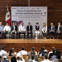 Entrega Alejandro Murat 300 tratamientos para heridas epiteliales severas