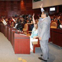 Comparece el Fiscal General de ante diputadas y diputados Locales