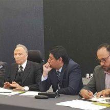 Gertz Manero promete fiscalía especial para caso Ayotzinapa