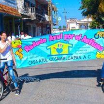 En Cosamaloapan participaron en marcha ciclista por Sindrome de Asperger.