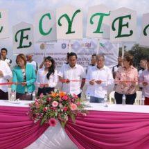 Delegada de la SEV de Cosamaloapan acude a inauguración del CECYTEV de Otatitlan